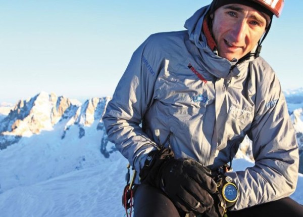 25_thumbnail-565e93c3be7b1-ueli-steck-portrait-41219-hr