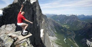 Heart-dropping-moments-that-only-thrill-seekers-enjoy-6