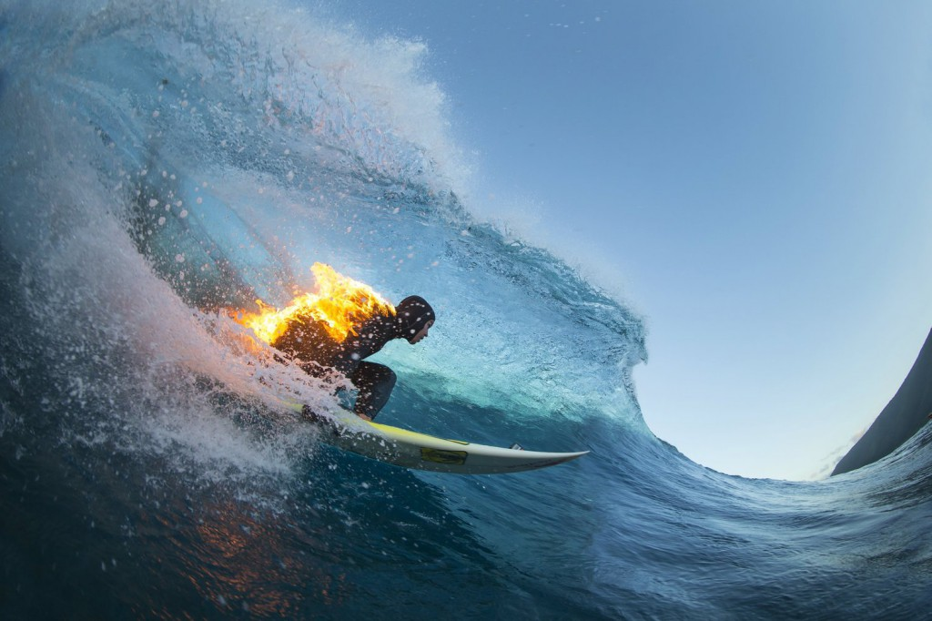 jamie-o-brien-on-fire-at-teahupoo