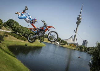 munchen_xfighters_kulso