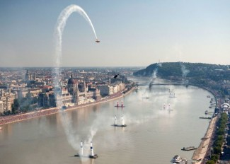 red-bull-air-race-budapest