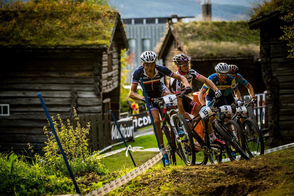 Mens final crash, 2014 UCI MTB World Championships, Hafjell, Norway.
