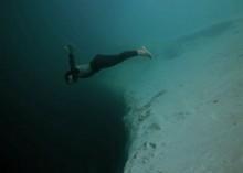 underwater-base-jumping1